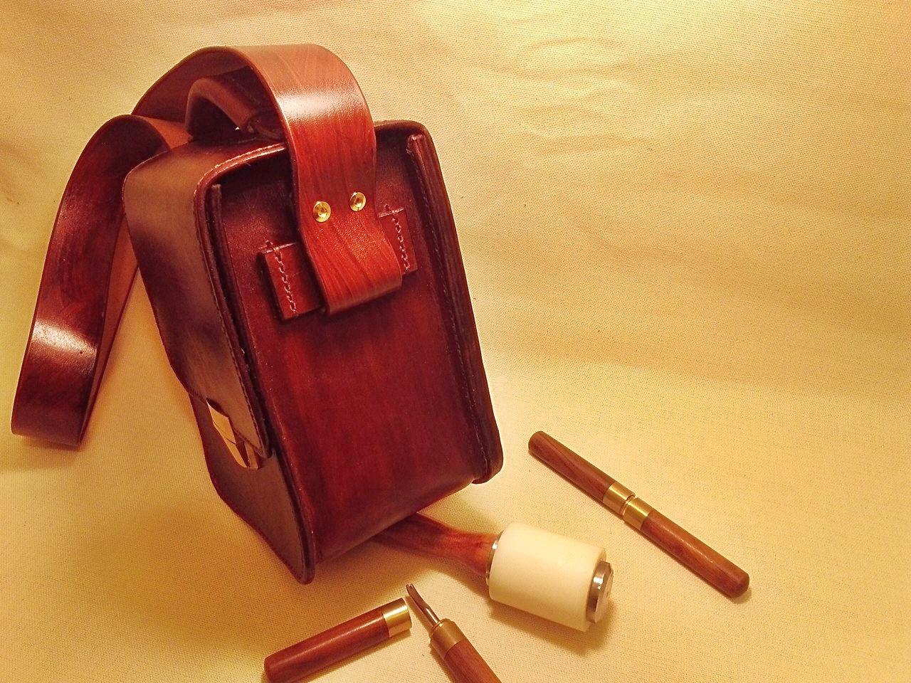 Мужская кожаная сумка ручной работы «RedWood»
